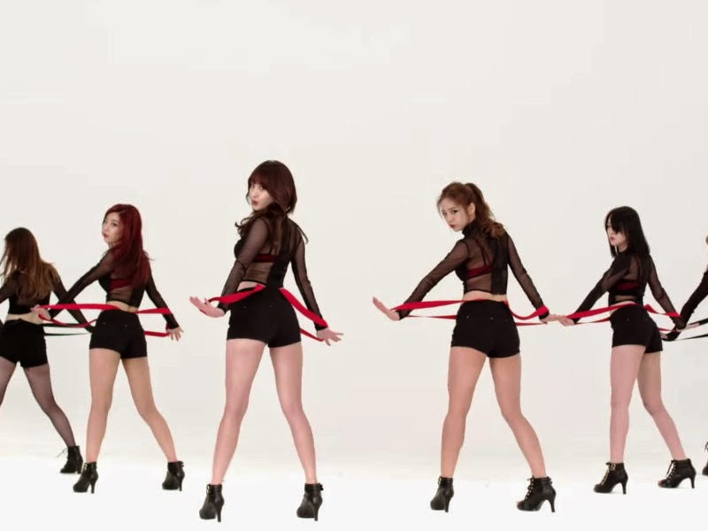 Girl's Day Suspenders Expect