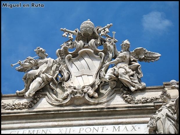 Fontana-di-Trevi-Roma_2