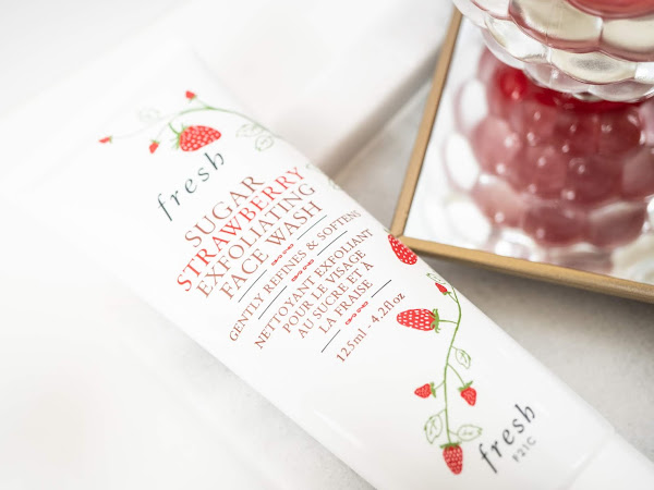 Fresh - Sugar Strawberry Exfoliating Face Wash