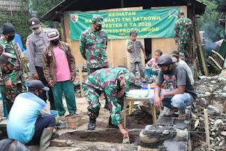 Kodim 0820 / Probolinggo Adakan Karya Bhakti TNI Satkowil di  Teritorial Koramil 0820/11 Sumber