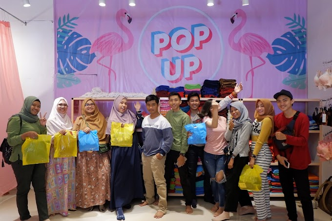 Belanja Fashion Murah ala Millenial's Hanya di Pop Up Shop Shopping Place