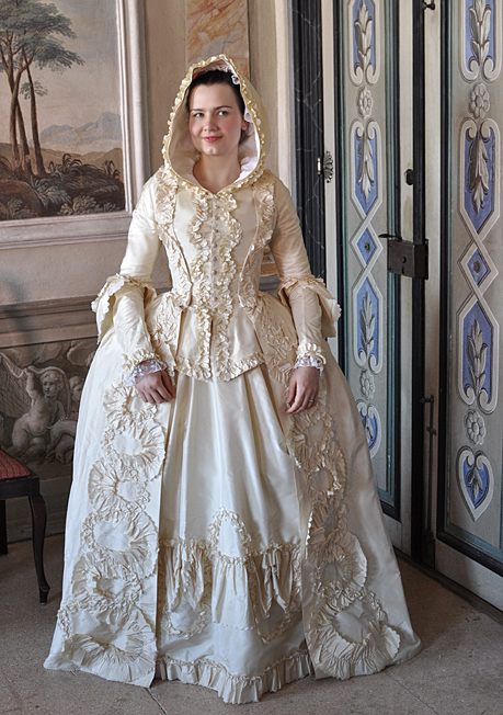 Before The Automobile 18th Century Clothing