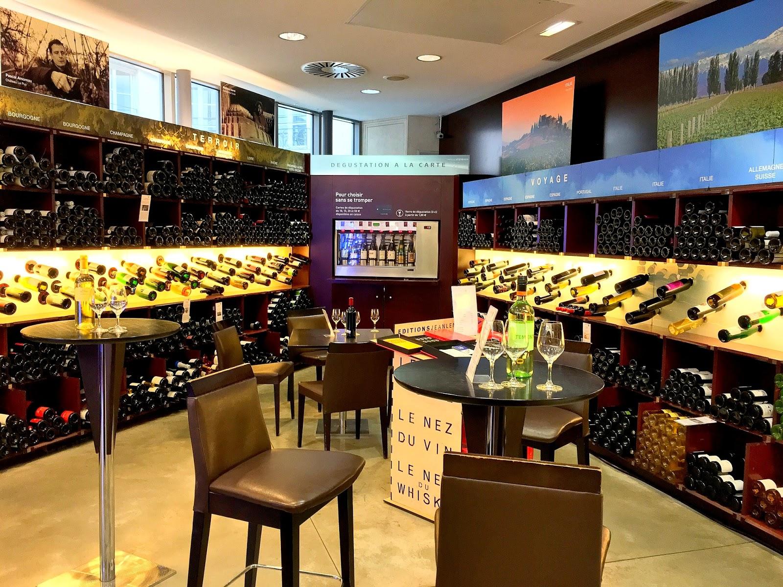d7991766d A Lavinia é uma loja gourmet de vinhos - o paraíso de compras para os  amantes de vinhos! hahah. É uma rede espanhola que tem uma seleção  impecável de vinhos ...