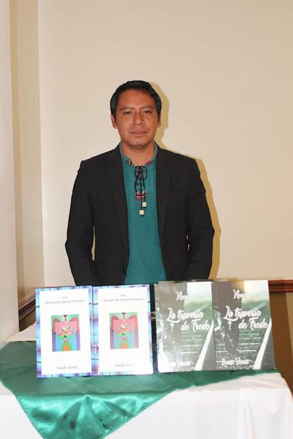 Escritor guatemalteco Rodolfo Vicente