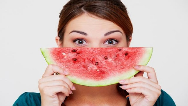 فوائد قشر البطيخ فى تفتيح البشرة
