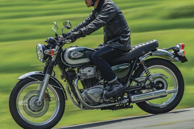 Kawasaki-W800-2020-1