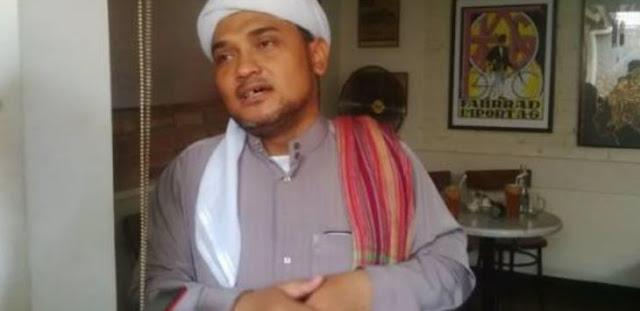 Novel Bamukmin Bantah Pernyataan Ninoy Karundeng Yang Dianiaya di dalam Masjid