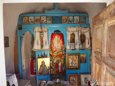 chiesa agios zacharias saria karpathos