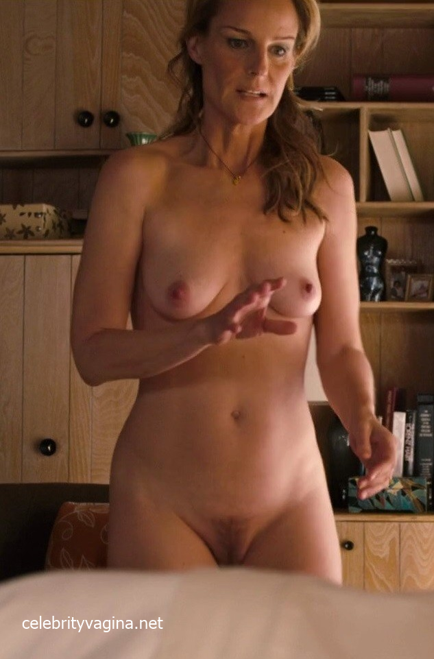 Helen Hunt – Full Frontal Nude in Sessions