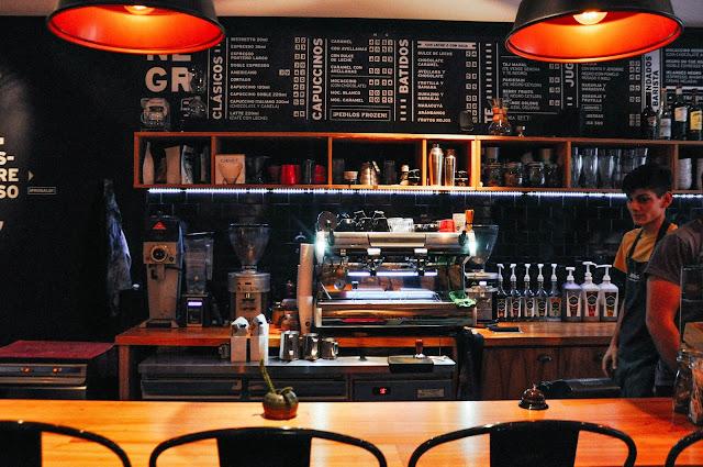 Cafes cafe para trabajar estudiar en buenos aires foto de negro cueva de cafe