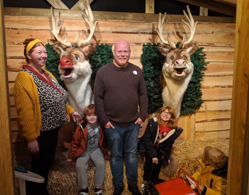Santa on the Rooftop at Fenwick Newcastle Review  - singing reindeer