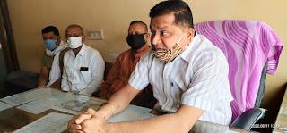 सांसद और भाजपा नेताओं की शह पर कांग्रेस जनप्रतिनिधियों के साथ किए गए दुव्र्यवहार की कांग्रेस नेताओं ने की निंदा