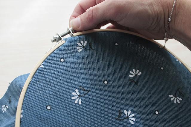 pin-board-con-telaio-e-sughero-fissaggio