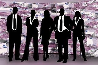 Los directivos son los únicos que cobran más que hace seis años: de 73.500 a 78.600 euros