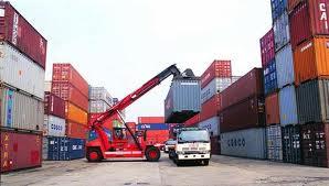 Kegiatan ekspor dan impor merupakan salah satu komponen pendapatan nasional dari sisi pengeluaran.