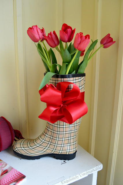 Rain Boot Decor DIY