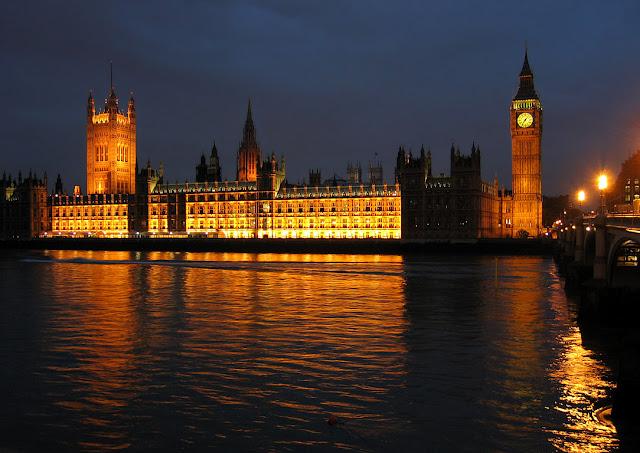 Что посмотреть в Лондоне бесплатно: Биг-Бен и Британский парламент