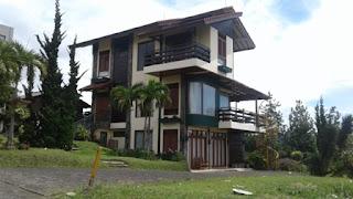 Villa Het Franken Lembang - Villa 4 Kamar