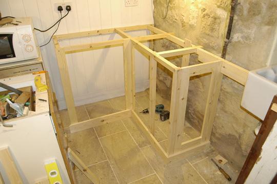 Ingenious DIY Pallet Kitchen Cabinet to Design Your Own ...