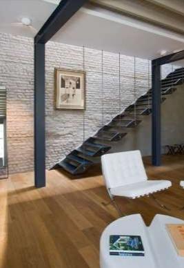 tangga rumah stenlis