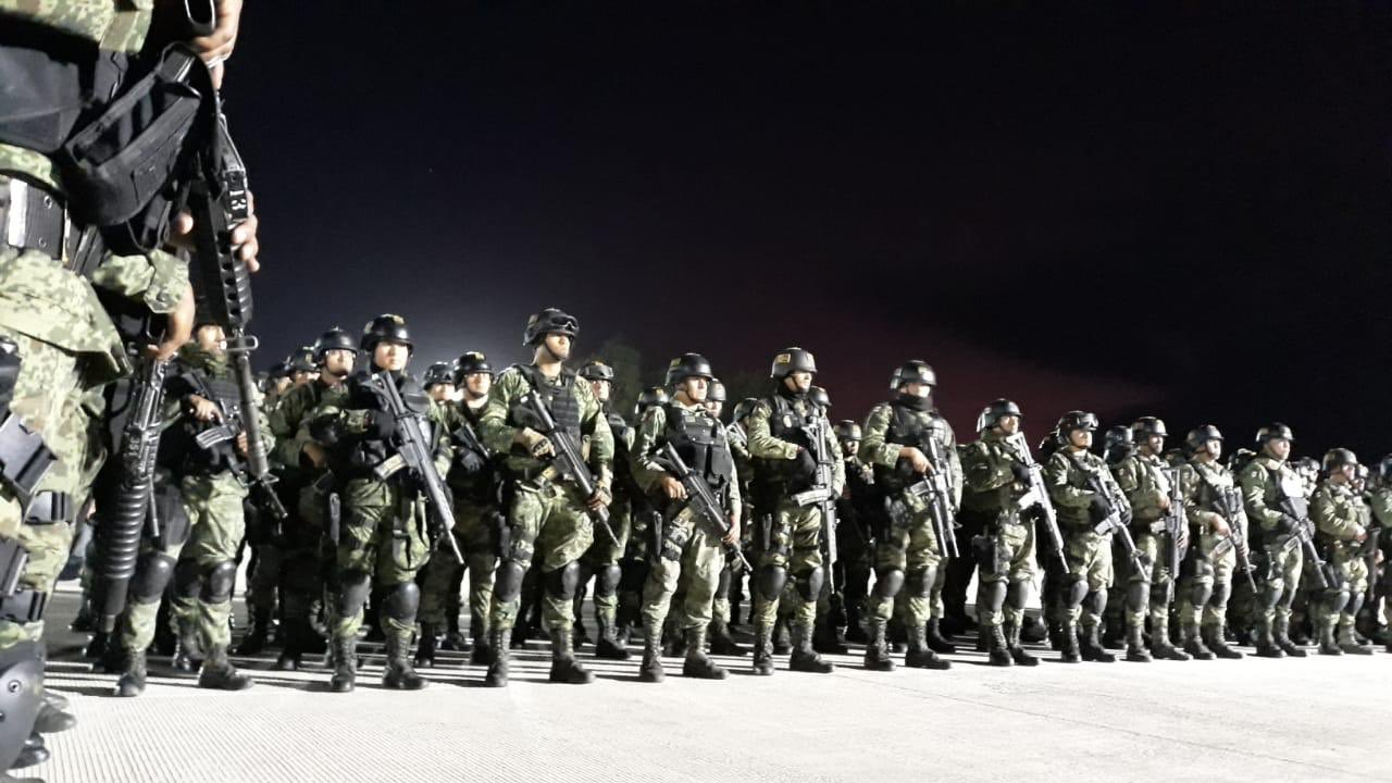 SEDENA envía a Culiacán, Sinaloa 230 soldados de élite de los Grupos de Fuerzas Especiales como respuesta al Cartel de Sinaloa