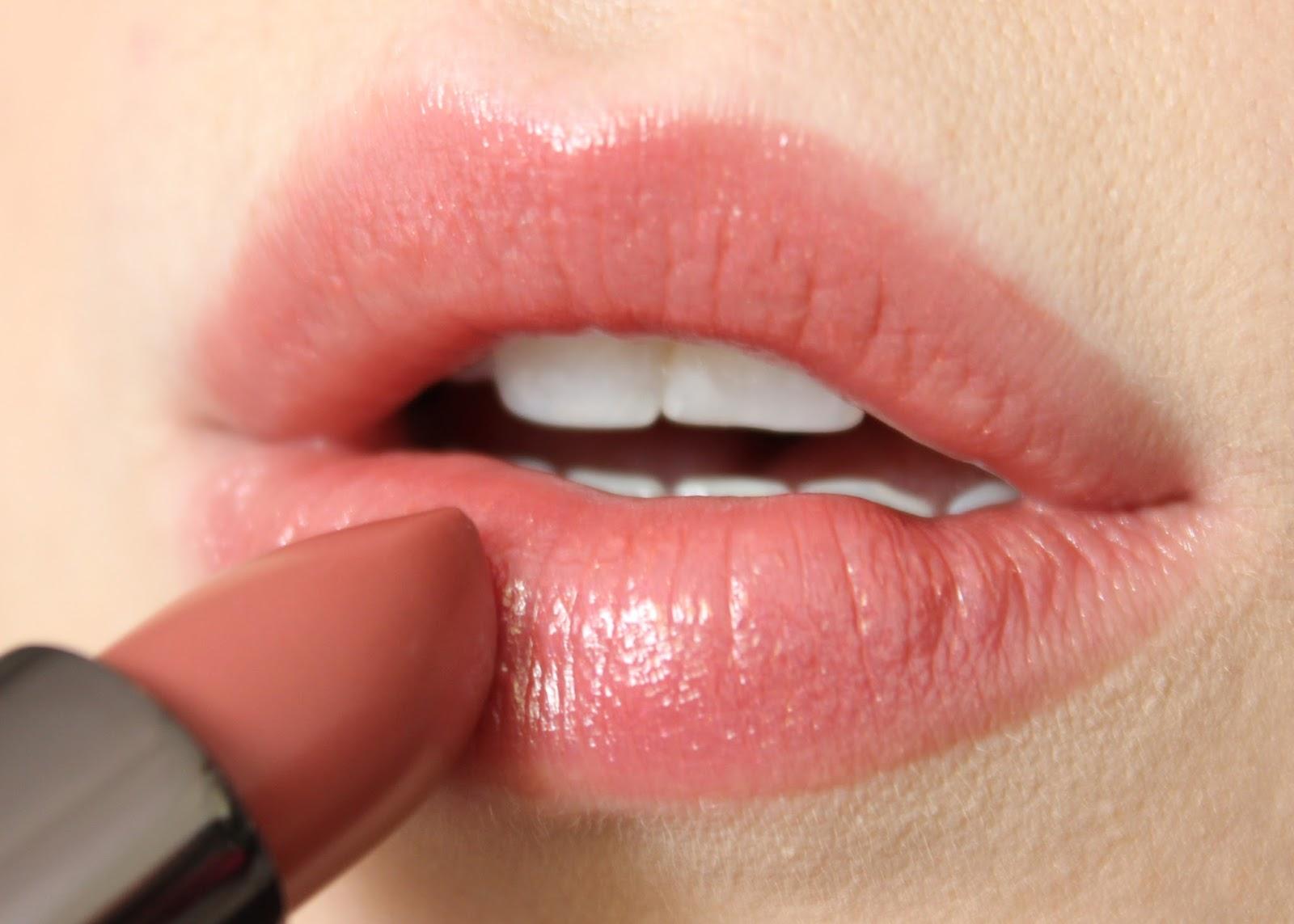 Le célèbre Urban Decay Ex-Girlfriend Vice Lipstick   Review & Swatches #YG_04