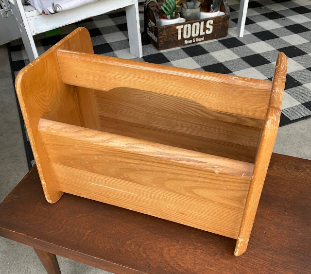 Photo of a Goodwill wooden tote