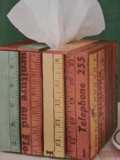 Kotak tisu terbuat dari penggaris kayu
