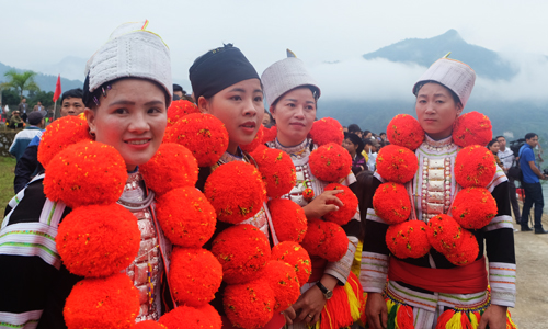 the Dao ethnic minority girls in Bac Me - Ha Giang province Vietnam