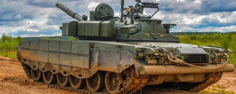 Російські Т-72Б3М і Т-80БВМ включать у сетецентрічну систему управління боєм
