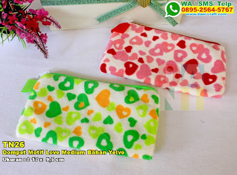 Dompet Motif Love Medium Bahan Yelvo