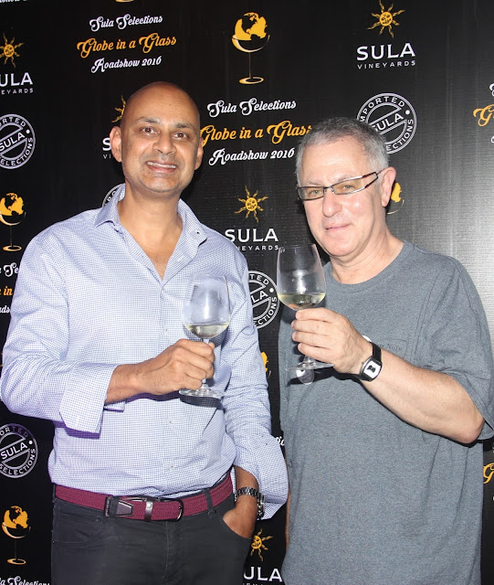 Rajeev Samant, Found and CEO, Sula Vineyards with Robert Joseph, Celebrity International Wine Connoisseur and Winemaker at Sula Selections 'Globe in a Glass' Roadshow 2016