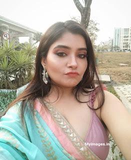 Indian cute girl hottest selfie images Navel Queens