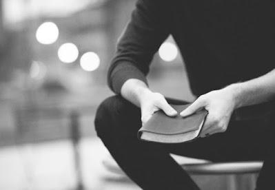Decretos de Sarandi e Paiçandu não proíbem cultos religiosos presenciais. Café com Jornalista