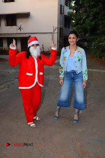 Bollywood Actress Alia Bhatt Stills at Christmas Celetion Mumbai  0007.jpg