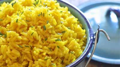 The Best Easy Yellow Rice - www.uniquegiftstips.com
