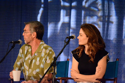 Erica Durance (Lois Lane) & John Glover (Lionel Luther) during the Smallville panel