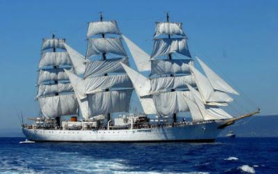 hukum dan tata cara sholat di kapal sedang berlayar