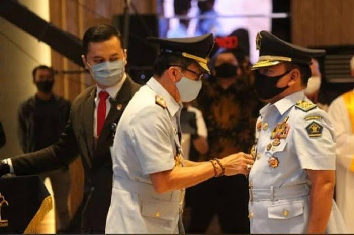 Ada Polisi Aktif di Kementerian, IPW Minta Rezim Jokowi tak Mengulangi Kesalahan Orde Baru
