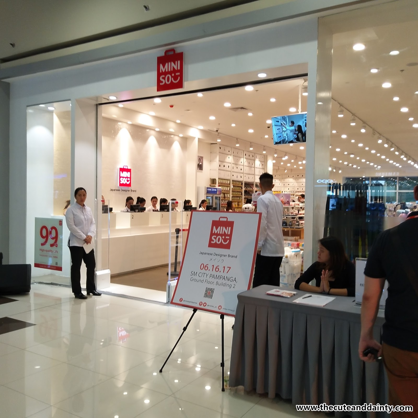 January 2015 Cute And Dainty Miniso Fancy Girls Totebag Philippines Now Opens In Sm Pampanga