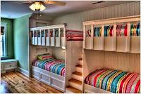 cuarto para niños con 4 cuchetas
