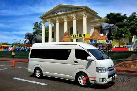 Butuh Sewa Hiace di Malang ? Erctrans Solusinya