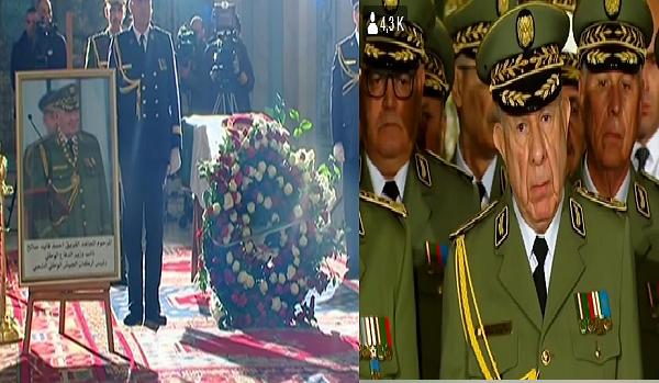 رئيس أركان الجيش بالنيابة شنقريحة ومدير الأمن الداخلي واسيني بوعزة يلقيان النظرة