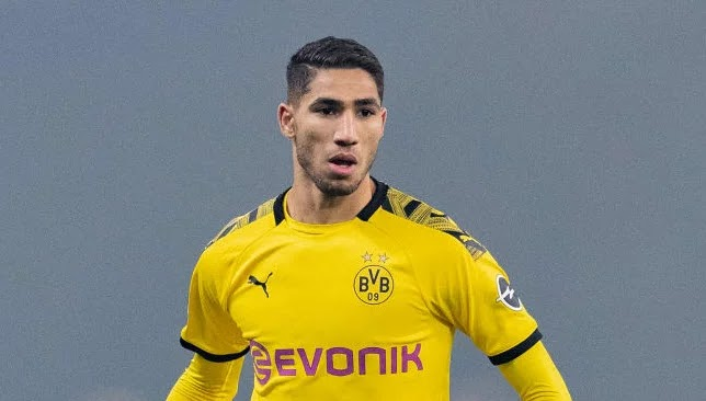 Ashraf Hakimi is divided between staying at Dortmund and returning to Real Madrid