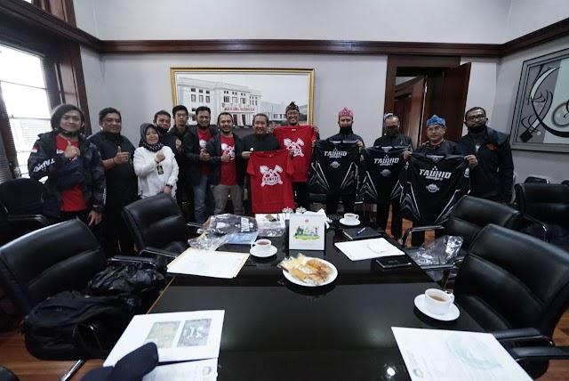 """Pemkot Bandung Dukung Komunitas Sepeda Garap Trek Lintasan MTB """"Kanhay"""" di Cibiru"""