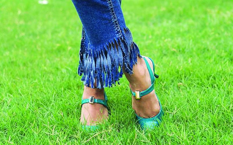 DIY Fringed Jeans