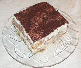 Tiramisu prajitura reteta de casa cu piscoturi mascarpone oua zahar cafea cacao retete dulci tort desert prajituri italiene,