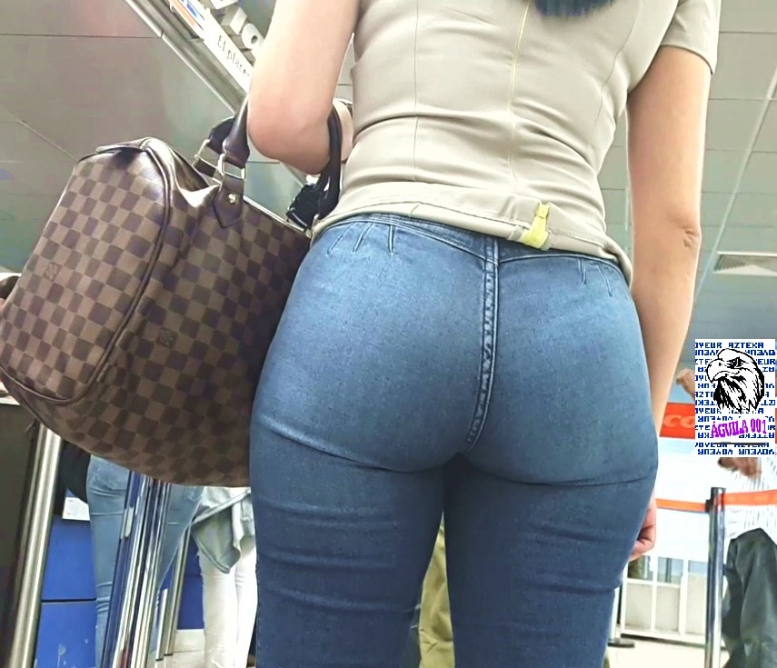 Brunettes with big asses