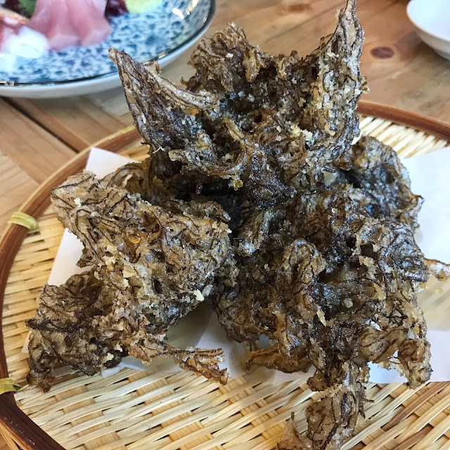 Ishigaki-Okinawa-Japan-Must-Eats-Mozuku-seaweed-tempura