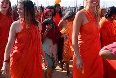women naga sadhus picture